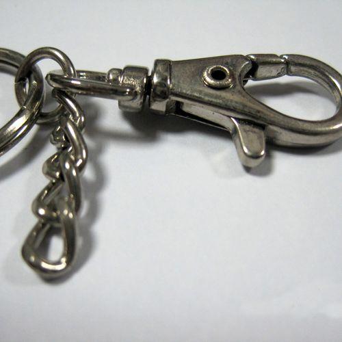 鑰匙圈、項鍊、金屬配件